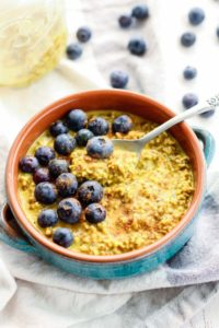 Golden-Milk-Overnight-Oats-fit mitten
