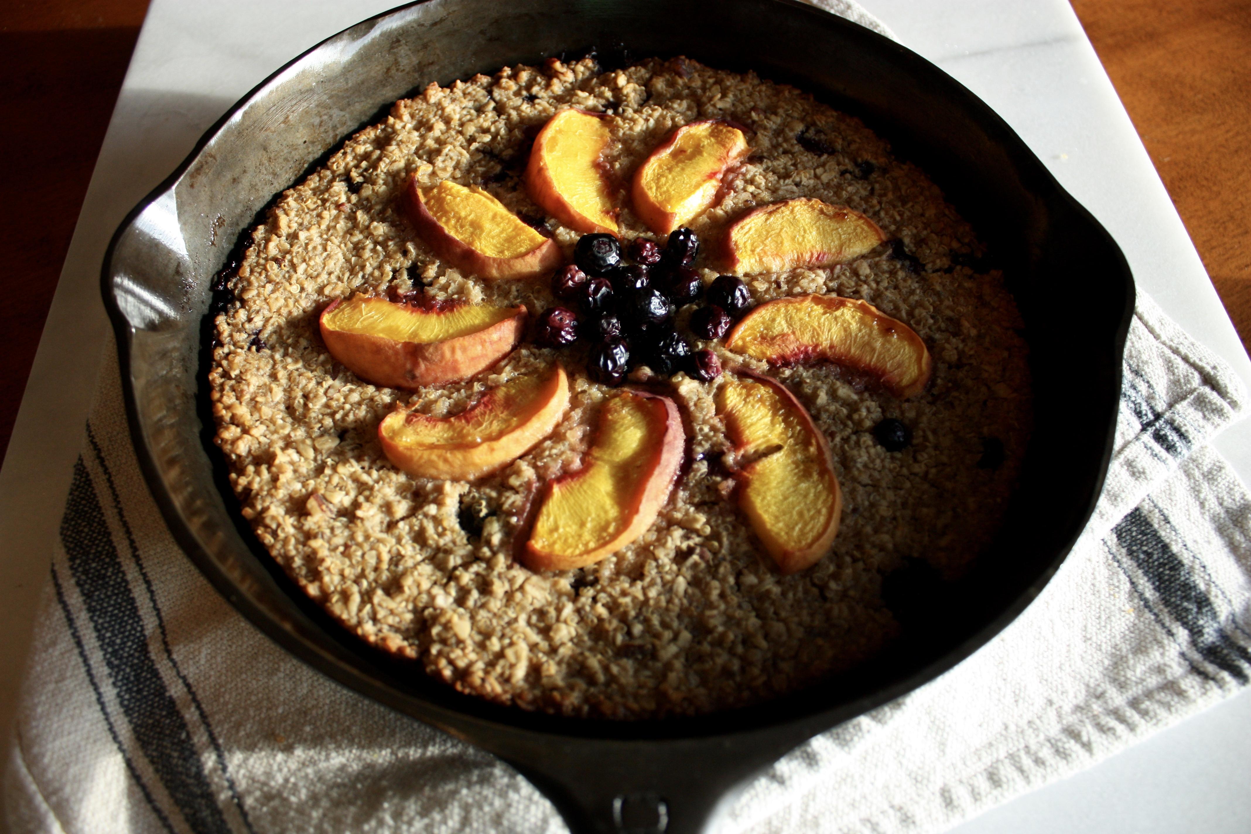 Oats & Fruit Breakfast Bake