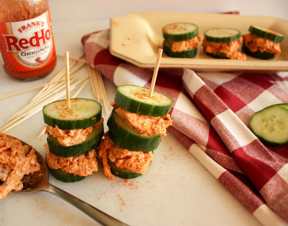 buffalo-chicken-sando-on-cucumber