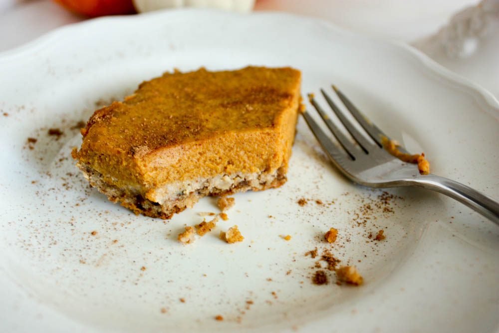 Pumpkin Bars with Greek Yogurt
