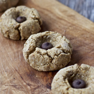 vegan-peanut-butter-blossom-cookies