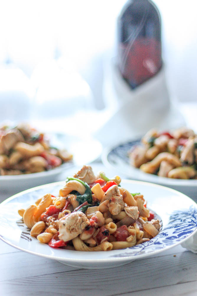Tuscan Chicken and White Bean Pasta
