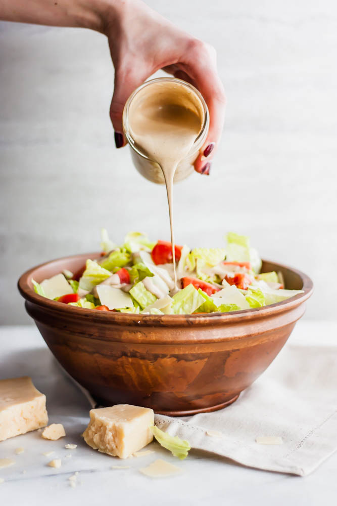 Whole30 Creamy Restaurant Style Balsamic Dressing