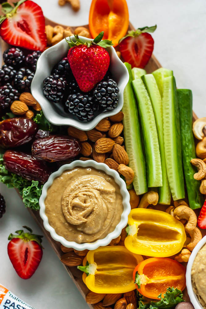 How to Make the Perfect Paleo Party Platter