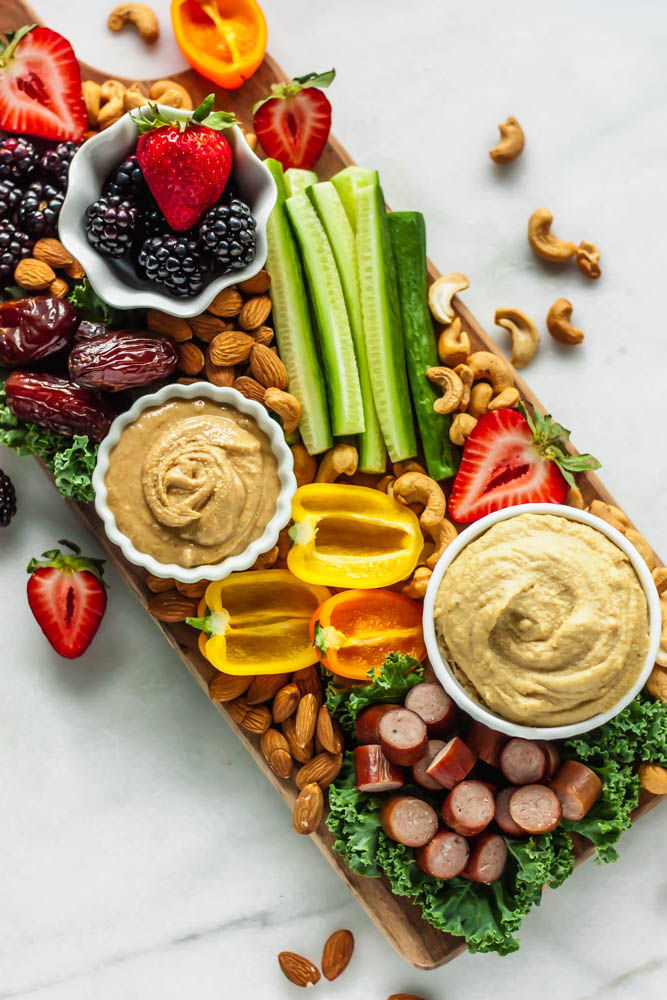 Showing you how to make the perfect paleo party platter to serve a healthy snack or appetizer at your next gathering!