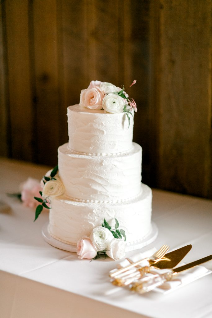 modern classic white wedding cake